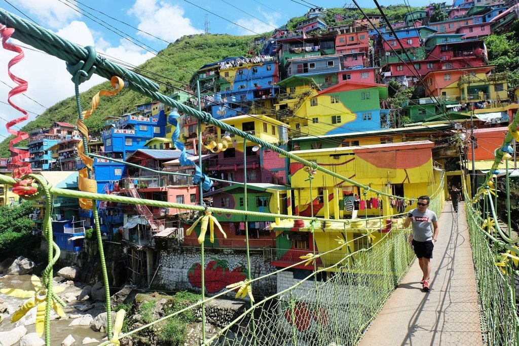 safe places to visit in the Philippines